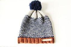New Knitting Beanie Boy Ideas Knitting Machine Patterns, Knitting Stitches, Knitting Socks, Knitted Hats, Knitting For Kids, Baby Knitting, Crochet Cap, Knitting Accessories, Boys Beanie