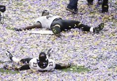 Baltimore Ravens fullback Vonta Leach (top) and defensive back Chykie Brown celebrate after defeating the San Francisco in Super Bowl XLVII at the Mercedes-Benz Superdome Super Bowl Wins, Super Bowl Xlvii, Baltimore Ravens Players, Nfl Titans, John Harbaugh, Action Images, Lisa, Defensive Back, Usa Today Sports
