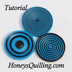 How to make bullseyes and spirals with paper quilling. A free step by step tutorial by Honey's Quilling Quilling Images, Paper Quilling Cards, Paper Quilling Jewelry, Paper Quilling Designs, Quilling Paper Craft, Quilling Patterns, Paper Jewelry, Paper Crafts, Quilling Ideas