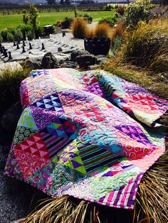 The Chipper quilt designed by @TulaPink Love it!! Hoping to win one of the #PintoWinTula @freespiritfabric #tulapink #iamafreespirit #tulatroop