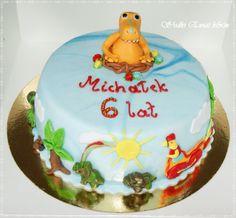 Witam serdecznie pragnę wam przedstawić torcik urodzinowy.Smak tortu śmietankowy z owocami.Jeśli ktoś chętny na taki bądź inny torcik serdecznie zapraszam na stronkę https://www.facebook.com/monitorty