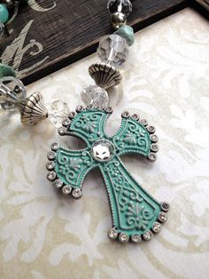 Shabby Cross Necklace