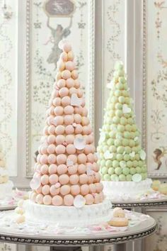 pice monte gateau de mariage original macarons - Piece Mont Mariage