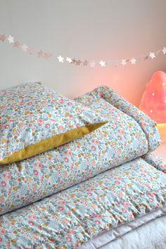 """Linge de lit... LES POMMETTES DU CHAT: Couverture """"Betsy porcelaine"""""""