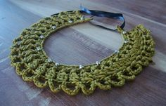 Crochet Necklace https://www.facebook.com/hilaria.fina next years friend gifts/ add a couiple beeds in the loops and it will be even cuter!
