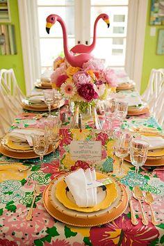 Flamingo na decoração da mesa (: