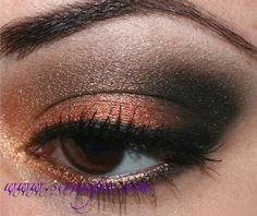 Scrangie: Fall look using Kat Von D Poetica Palette... Wish there was more blending, but in all this is very nice