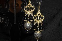 boucles d'oreilles baroques avec pierre de lave : Boucles d'oreille par itzalak-joko