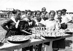 Concurso de paellas en Aixerrota, 23 de julio 1972 (Cedida por Itxas Argia) (ref. 07358)