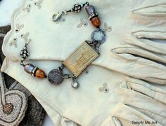 Simply Me Art-great site for funky mixed media vintage jewelry