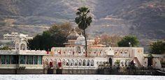 Have a look to an island in the Lake #Pichola #jag mandir island #Udaipur
