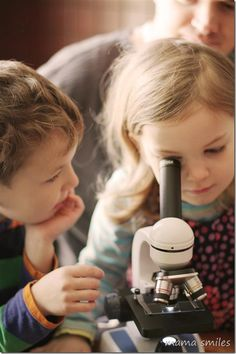 Introducing young children to microscopes is a great way to get kids thinking about science! From mamasmiles.com