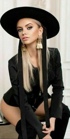 Portraits, Luxury Dress, Black Lingerie, Girl With Hat, Hot Bikini, Hats For Women, Pretty Woman, Photography Poses, Outfit Of The Day
