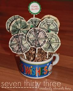 Money Bouquet Tutorial~ great gift idea for a birthday or holiday. Add some candy on sticks in the bouquet too! Christmas theme for next year?