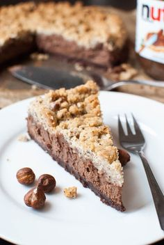 Nutella chocolate cheesecake with hazelnut . - Perfect for Sunday: Nutella chocolate cheesecake with hazelnut crumbles - Chocolate Nutella, Chocolate Cheesecake, Chocolate Hazelnut, Chocolate Sprinkles, Nutella Cake, Chocolate Coffee, Cheese Cake Receita, No Bake Desserts, Dessert Recipes