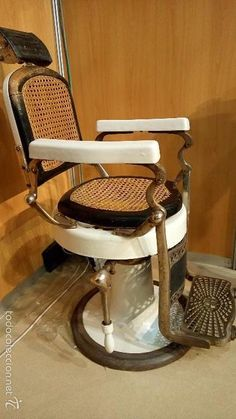 Antigüedades: Sillón de barbero. D.ACHA JASD.EIBAR. - Foto 3 - 60127555