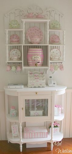 Great Shabby chic plate rack The post Shabby chic plate rack appeared first on Poll Decor . Great Shabby chic plate rack The post Shabby chic plate rack appeared first on Poll Decor . Shabby Chic Home Accessories, Shabby Chic Mode, Estilo Shabby Chic, Shabby Chic Interiors, Shabby Chic Living Room, Shabby Chic Pink, Shabby Chic Bedrooms, Shabby Chic Kitchen, Shabby Chic Style