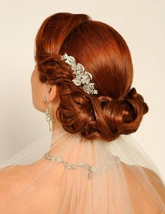Remember this when   I need an elegant up do.