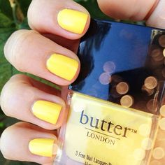 To get: a yellow nailpolish. Try: Sally Hansen Mellow Yellow, Revlon Buttercup, Models Own Lemon Meringue, Rimmel Lemon Drop, Butter London Jasper.