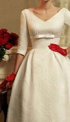 Elegant dress with great neckline.