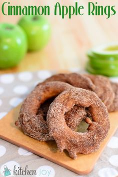 Cinnamon Apple Rings--repinning. These look delicious.