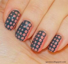fading dots by Yasinisi from Nail Art Gallery