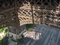 view straight down from eiffel tower first level