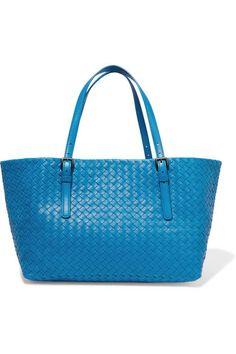 BOTTEGA VENETA Shopper Medium Intrecciato Leather Tote. #bottegaveneta #bags #shoulder bags #hand bags #suede #tote #