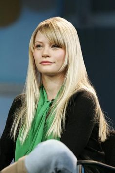 Your gallery name here: Click image to close this window Lynn Johnson, Grace Vanderwaal, Emilie De Ravin, Great Hair, Celebrity Crush, Hair Cuts, Beautiful Women, Actresses, Actors