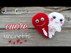 Free crochet patterns for Valentine's Day hearts. Make your own gift for Valentine's with these crochet patterns for heart plants, heart keychains, heart pillows and other fun gifts! Crochet Birds, Easter Crochet, Love Crochet, Crochet Motif, Crochet Designs, Crochet Hearts, Crochet Animals, Crochet Granny Square Afghan, Granny Squares