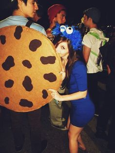 Sexy Halloween couple costume idea: Cookie Monster and Cookie
