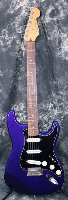 1996 Fender Standard Stratocaster MIM Midnight Blue Electric Guitar