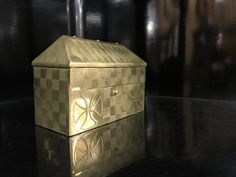 For sale, century, www. Antique Decor, 19th Century, Decorative Boxes, Brass, Antiques, Accessories, Home Decor, Old Fashioned Decor, Antiquities