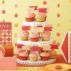 Eyelet Cupcake Stand