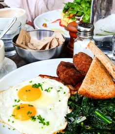 Delicious Sunday brunch at Five Leaves in Brooklyn!