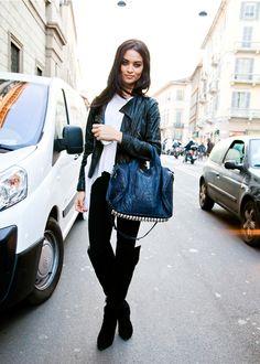 Shanina Shaik (in) Model's Street Style  After Blumarine FW 12.13, I caught up with Shanina on Corso Venezia interrupting traffic… =)  —  FollowBonae L'amouronfacebook twitter…
