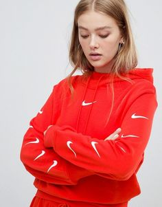 Find the best selection of Nike Exclusive To Asos Red Swoosh Pack Cropped Hoodie. Shop today with free delivery and returns (Ts&Cs apply) with ASOS! Adidas Outfit, Nike Outfits, School Outfits, Red Nike Hoodie, Champion Hoodie Women, Nike Exclusive, Hoodie Outfit Casual, Cropped Hoodie, Online Shopping Clothes