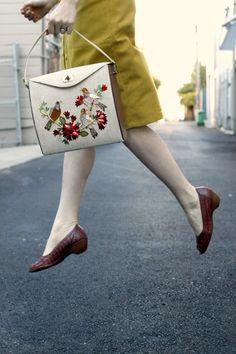 beautiful vintage handbag!
