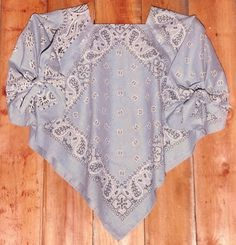 4 handkerchief/Bandana top