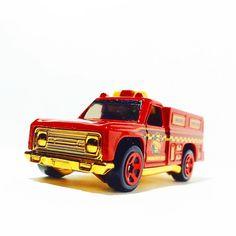 Hot Wheels Rapid Responder #toypics #hwc #hotwheels #hotwheelspics #firetruck #diecast #diecastphotography #fromthepegs