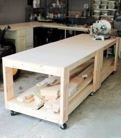 This workbench is an easy build, and makes for a super sturdy, basic workbench! Build more than one for a modular system of benches that can be customized to fit your needs, and rolled wherever needed!