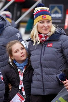the Swedish and Norwegian royal families were still Falun where they attended a new day of competition.