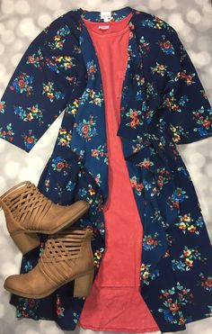 LuLaRoe Aly Timmons has members. Welcome to LuLaRoe with Aly Timmons! Church Outfits, Comfy Casual, Lula Roe Outfits, Fashion Outfits, Womens Fashion, Pretty Outfits, Plus Size Fashion, Style Me, Summer Outfits