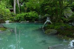 japan-garten-kultur plant und gestaltet japanische Gärten und Zengärten und Koiteiche