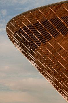 London 2012 Velodrome. Hopkins Architects. (by Darrell Godliman) #architecture ☮k☮