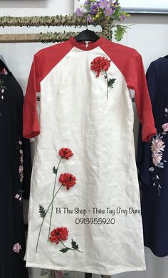 Kordene nakış Hand Embroidery Stitches, Silk Ribbon Embroidery, Embroidery Designs, Abaya Pattern, Girls Gallery, Ribbon Work, Cute Designs, Fashion Outfits, Clothes For Women