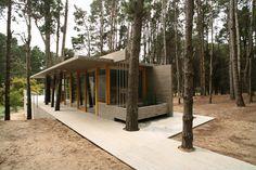 House Among Trees / Martín Fernández de Lema, Nicolás Moreno Deutsch