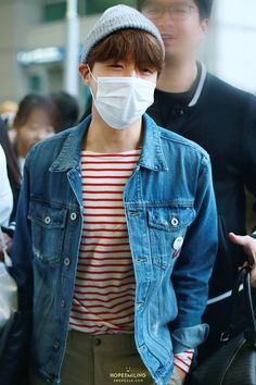 Find images and videos about kpop, bts and bangtan boys on We Heart It - the app to get lost in what you love. Korean Fashion Dress, Korean Fashion Men, Korean Street Fashion, Mens Fashion, Fashion Trends, Fashion Bloggers, Fall Fashion, Style Fashion, Airport Fashion Kpop