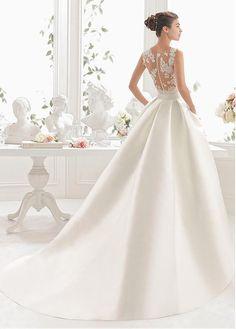 Exquisite Tulle & Satin Jewel Neckline A-line Wedding Dress With Lace Appliques & Belt & Detachable Train