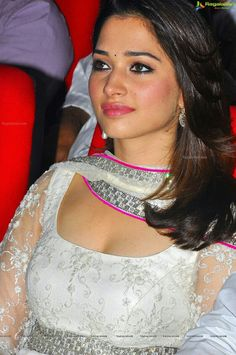 Southindian Actress HQ Pictures: Boobs Show South Indian Actress Photo, Indian Actress Photos, Bollywood Actress Hot Photos, Indian Bollywood Actress, Bollywood Girls, Beautiful Bollywood Actress, Most Beautiful Indian Actress, Beautiful Actresses, Indian Actresses